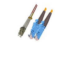 Microconnect fiber optic kabel: E2000 - LC MM, 62.5/125, 2m