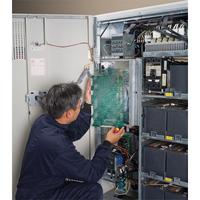 APC garantie: (1) Year Advantage Ultra Service Plan for (1) Galaxy 5000/5500 up to 40 kVA UPS