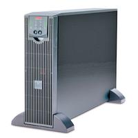 APC UPS: SMART-UPS RT 3000VA 120V - Zwart
