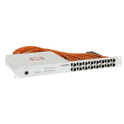 Rackmount.IT 1U, 16x shielded RJ45, 16x 0.5m shielded Kabels, RAL 9003 Wit Rack toebehoren