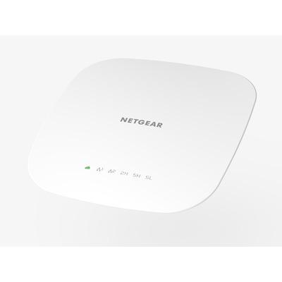 Netgear WAC540 Tri-Band AC3000 PoE Insight Managed Smart Cloud Access point - Wit