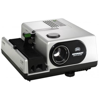Braun photo technik Diaprojector: NOVAMAT E 150
