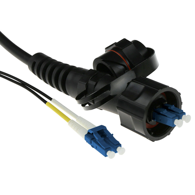 ACT 20 meter singlemode 9/125 OS2 duplex fiber patch kabel met LC en IP67 LC connectoren Fiber optic kabel - Zwart