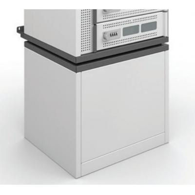 Ergotron multimedia accessoire: The Charging Locker Pedestal accessory elevates the Charging Locker off the floor by .....