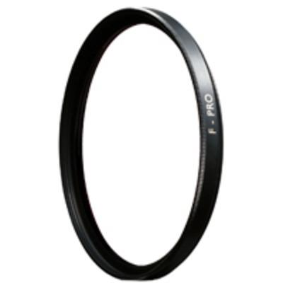 B+w camera filter: 67E CLEAR UV HAZE (010) - Zwart