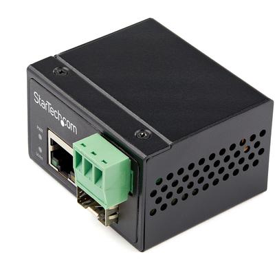 StarTech.com Industrial Glasvezel naar Ethernet 100Mbps SFP naar RJ45/Cat6 Netwerk Single Mode/Multi Mode .....
