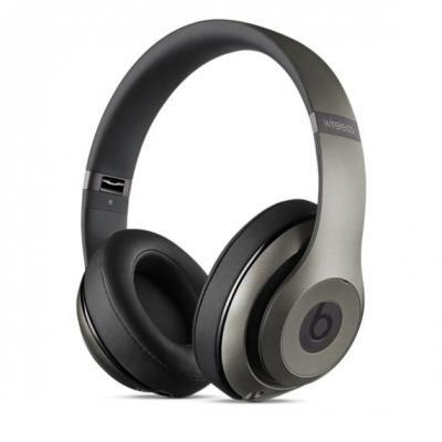 Beats by dr. dre headset: Studio Wireless - Titanium