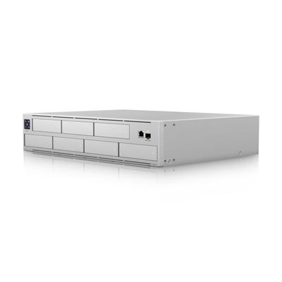 "Ubiquiti Networks (1) x 10/100/1000 Mbps RJ45 Ethernet, (1) x 1/10 Gbps SFP+ Ethernet, 7 x 2.5""/3.5"" ....."