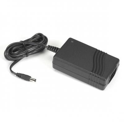 Black Box 100 - 240V AC, 47/63 Hz with IEC Connector Netvoeding - Zwart