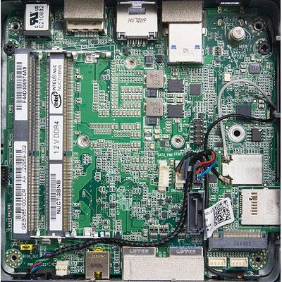 Intel moederbord: NUC7i3BNB