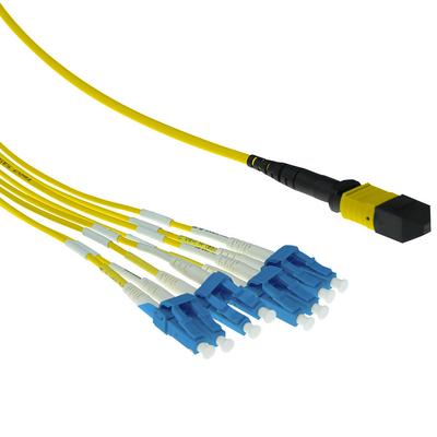 ACT 5 meter Singlemode 9/125 OS2 fanout patchkabel 1 X MTP female - 6 X LC duplex 12 vezels Fiber optic kabel - Geel