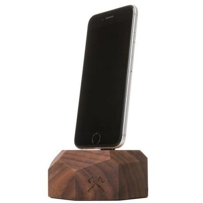 Woodcessories EcoDock - Wooden iPhone Dock Solid Walnu Mobile device dock station - Walnoot