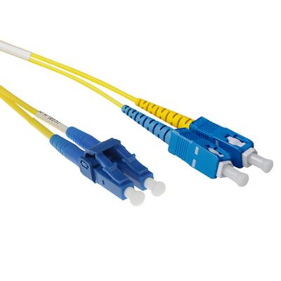 ACT 0.5 meter LSZH Singlemode 9/125 OS2 short boot glasvezel patchkabel duplex met LC en SC connectoren Fiber optic .....