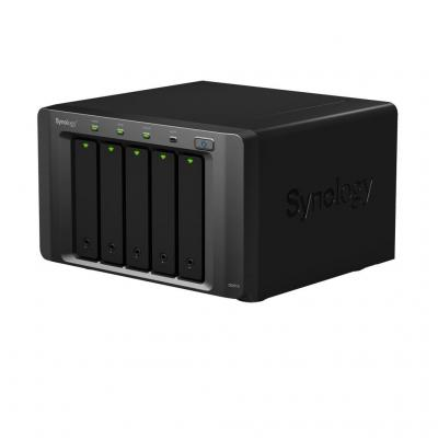 Synology DX513 NAS