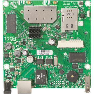 Mikrotik : 600MHz CPU, 64MB RAM, 1xGigabit Ethernet, onboard 5Ghz wireless, miniPCI-express, USB, SIM slot, RouterOS L4