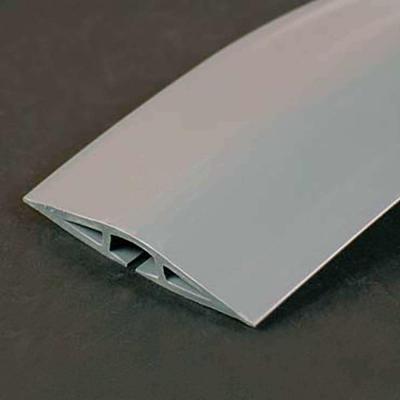 C2g kabel beschermer: 4.5 metre WIREMOLD Corduct OverFloor Cord Ppotector - Grey - Grijs